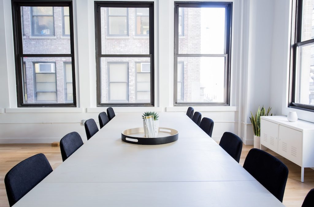 Four Reasons to Rent a Meeting Room